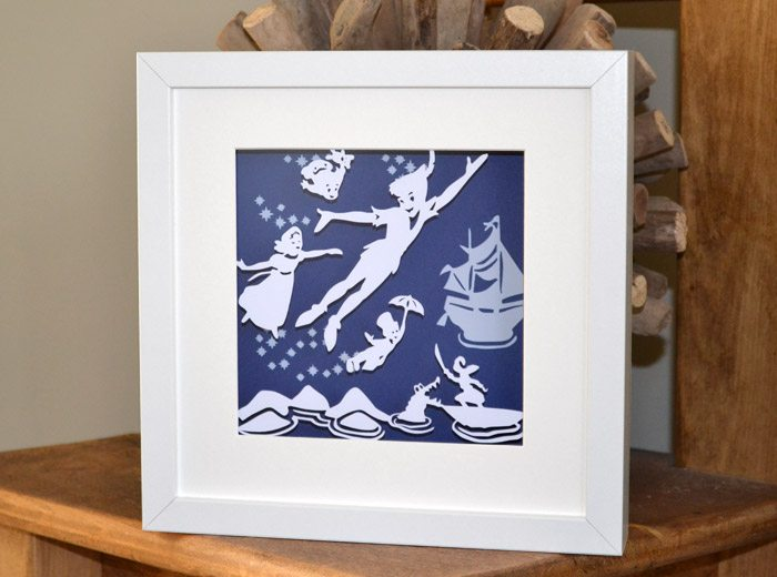 Peterpan flying Papercut