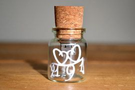 Personalised cork bottle flash memory drive